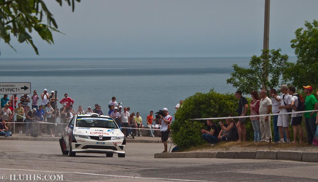 Yalta Rally 2011. Honda Civic с отваливающимся колесом