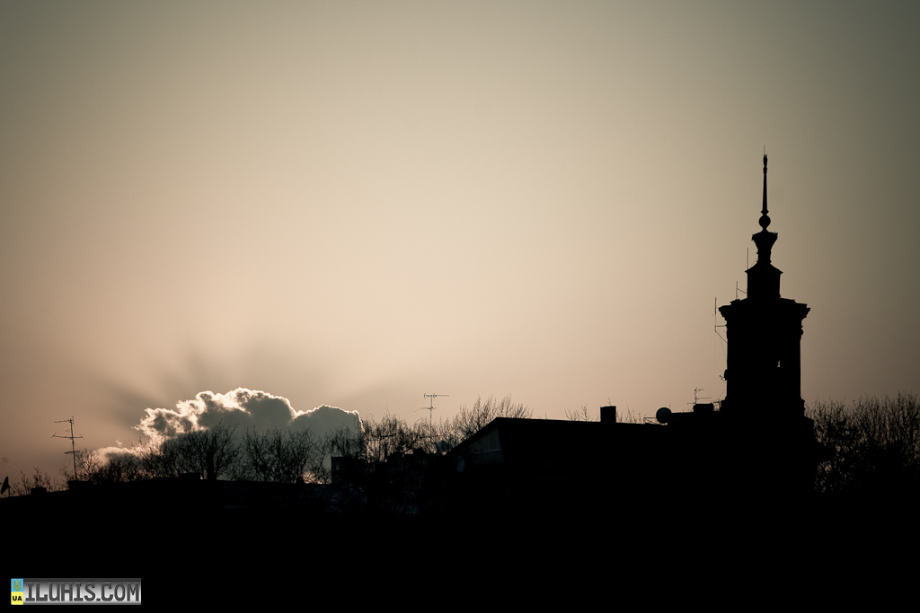 Закат. Харьков. Шпиль
