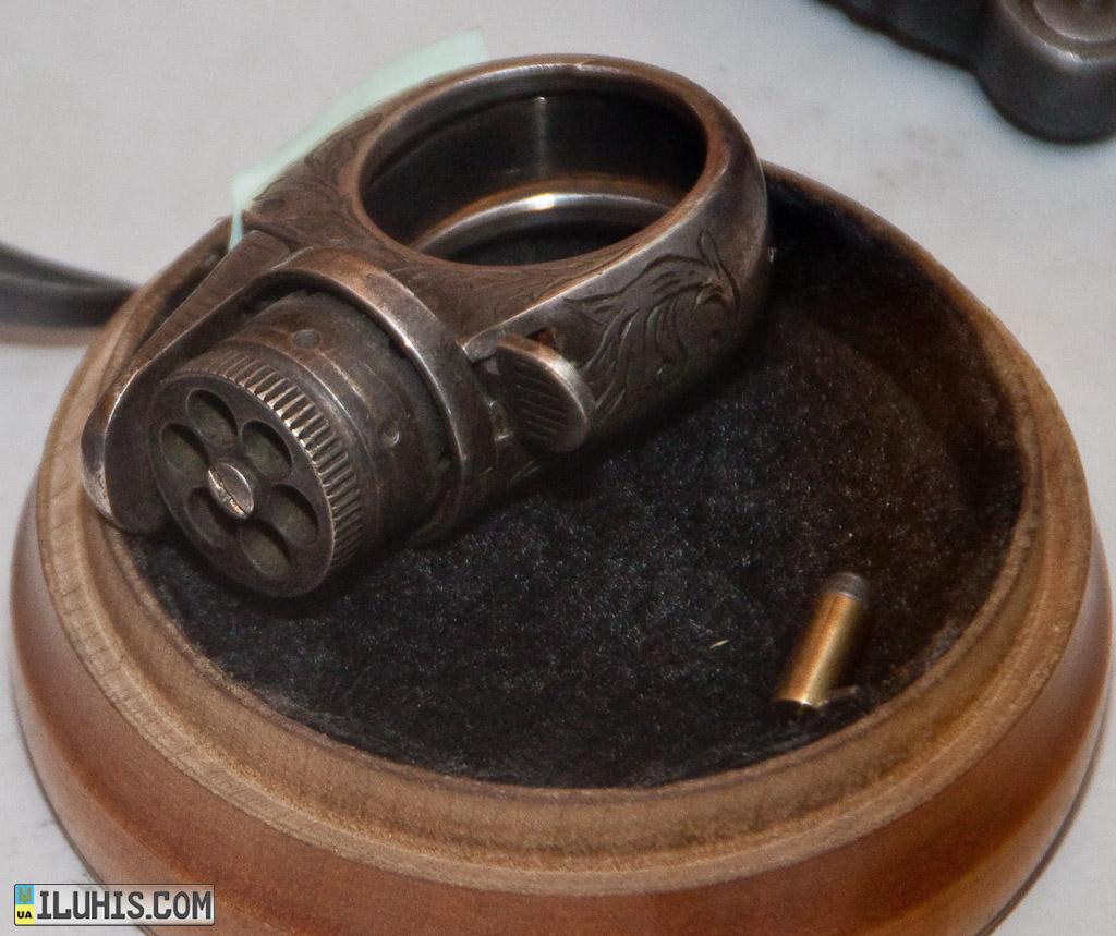 Пистолет-перстень