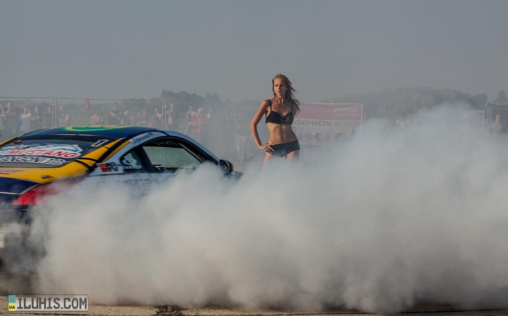 Adrenalin Fest 2012  в Полтаве. Соревнования по драг-рейсингу.