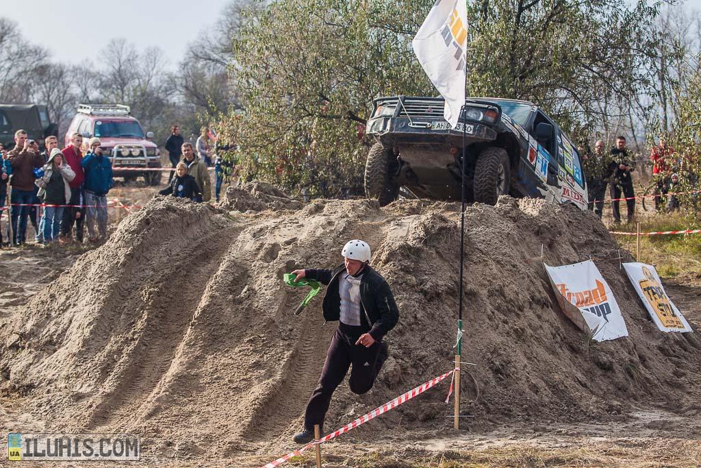 Внедорожный триал Шарукань и квадрокросс Ukrainian Country Cross в Змиеве